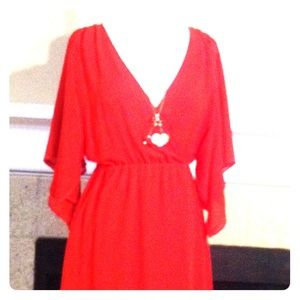 Dress with unattached necklace